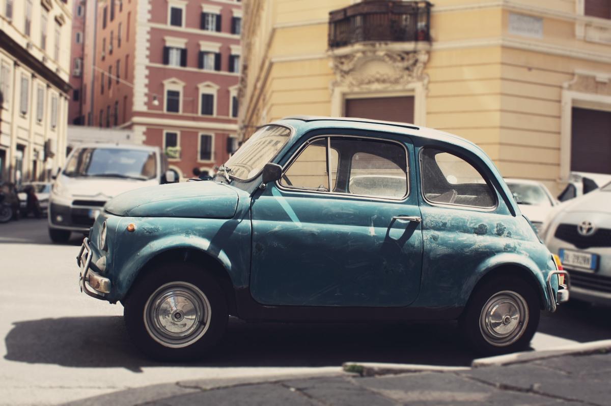 vintage fiat 100 rome